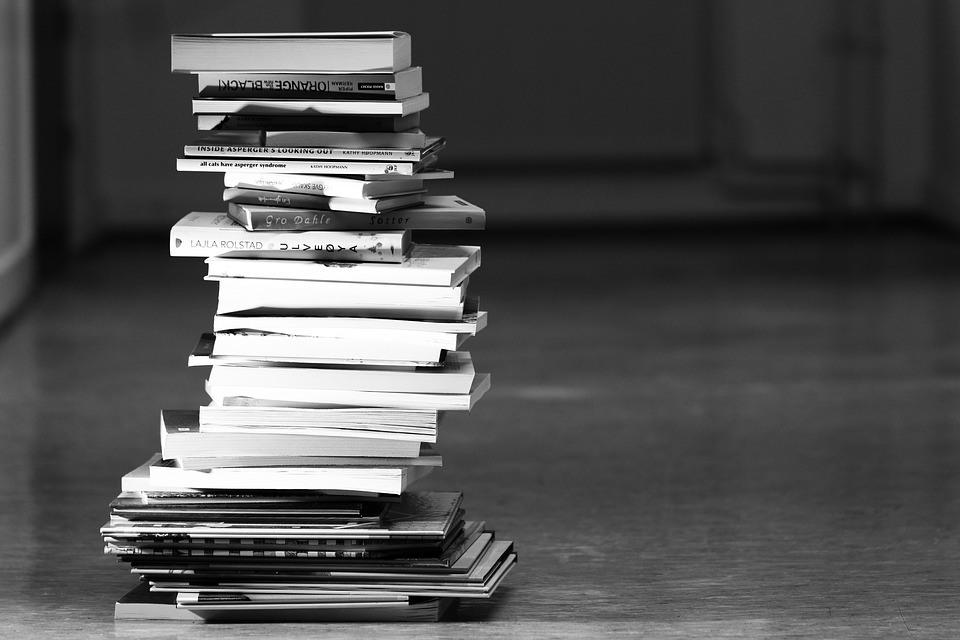books pile-1